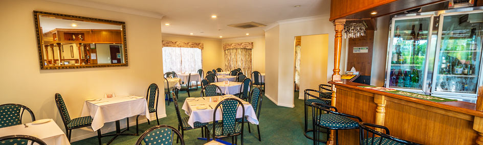 The popular Ferns Licensed Restaurant in Rockhampton is open 7 days a week.